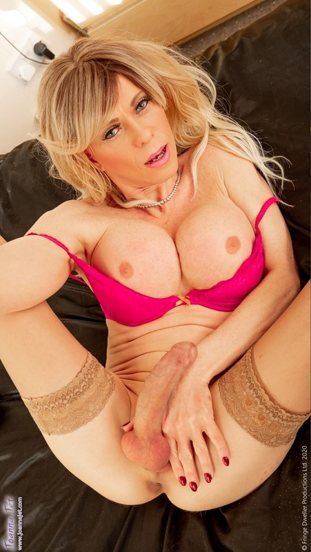 Joanna Jet – Me and You 399 – Knickers and Bra (20 March 2020)