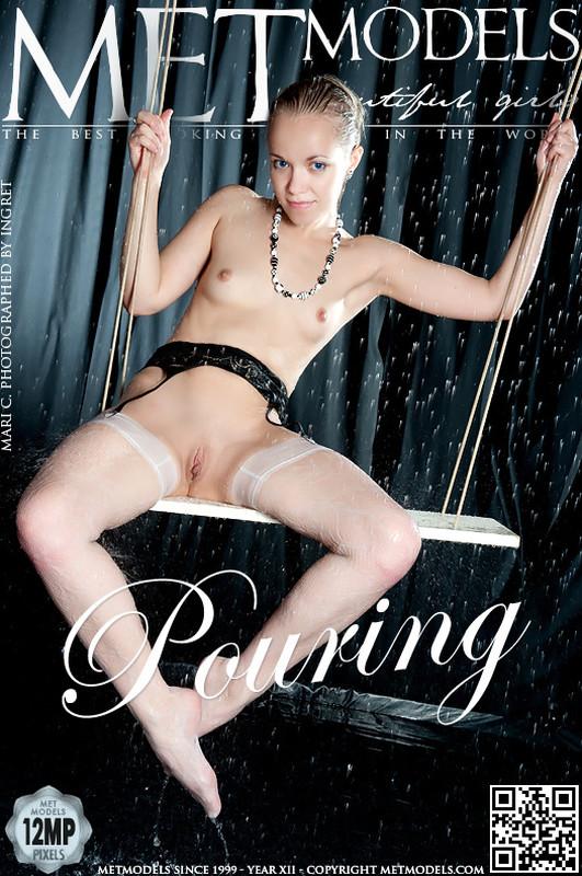 Mari C - Pouring (x105)