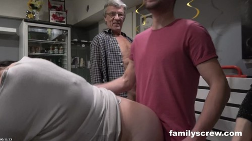 Cumming Together As A Family At A Swingers Club - Family Screw [HD/720p]
