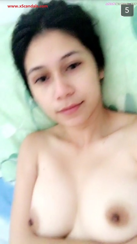 Indri – Perfect Tits