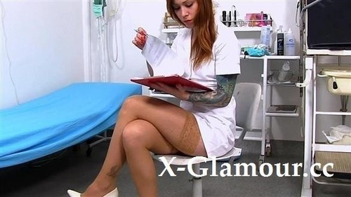 Sanie - Nurse Showing Her Private Parts At The Hospital