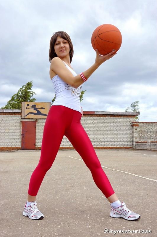 basketball girl Kira in red yoga pants