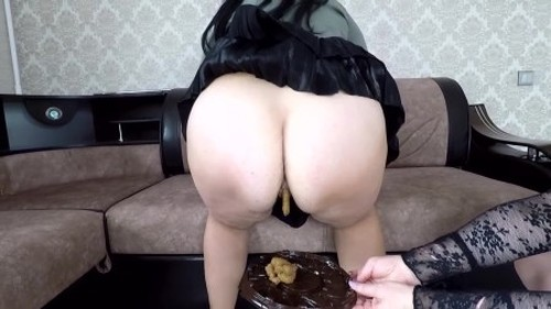 Annalise - Delicious Brown Cake - Femdom Scat, Domination Scat