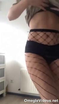Snapchat Chinese school girls' shaved pussy - Snapchat Videos