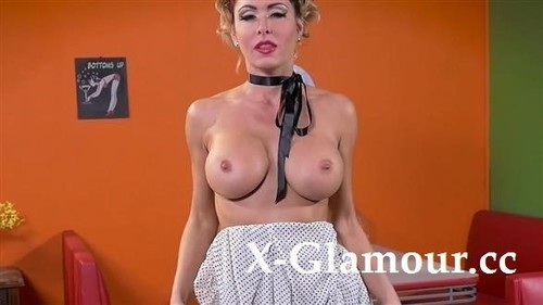Jessica Jaymes - Busty Babe On High Heels Is Toying Her Muff [FullHD/1080p]