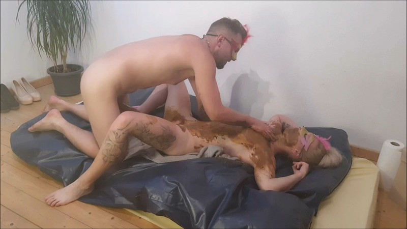 Fuck each other and fuck a dildo (2/2) – Versauteschnukkis – Scat Sex