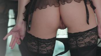 Naked Glamour Model Sensation  Nude Video - Page 7 Jg5890aslg0w
