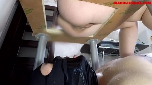 Janet - Born to Swallow my Shit diabolicsigal - Femdom Scat, Domination Scat