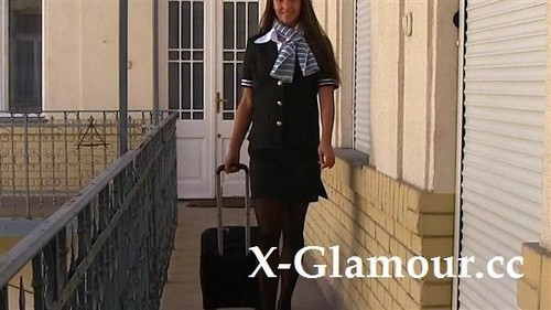 Amateurs - Sexy Stewardess Seduced [FullHD/1080p]