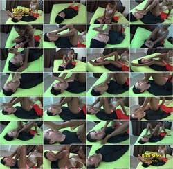 [Rootdawg25DirtyFeet] Kikii Starr - In Worship My Feet (Download: Cloudfile)