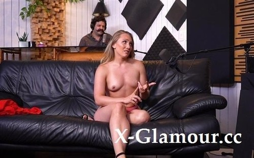 A J Applegate Goes Extra Deep Into Her Sexual Interests [HD]