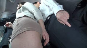 SW-688 A Married Woman Who Is Excited When Her Husband sc2