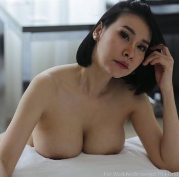 20 Foto Tante STW Korea Hot Toket Gede Mulus