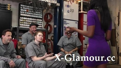 Bellah Dahl - Black Girl Gangbanged In The Garage [FullHD/1080p]