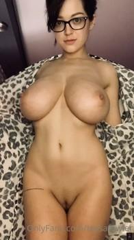 Nackt tessa fowler Tessa Fowler