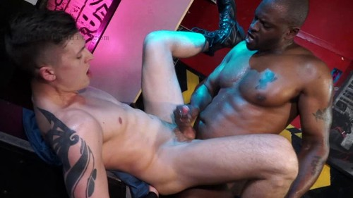 NakedSword - Fuck You I'm Infamous: Diesel Washington Fucks Tyler Rush