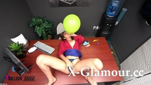 Hazel Heart - Receptionist Hazel Needs A Balloon Fantasy (FullHD)