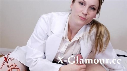 Amateurs - Doctor Giving Handjob (SD)