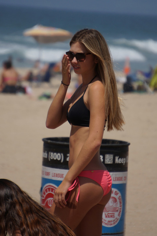 beach volleyball girls handsome voyeur pics