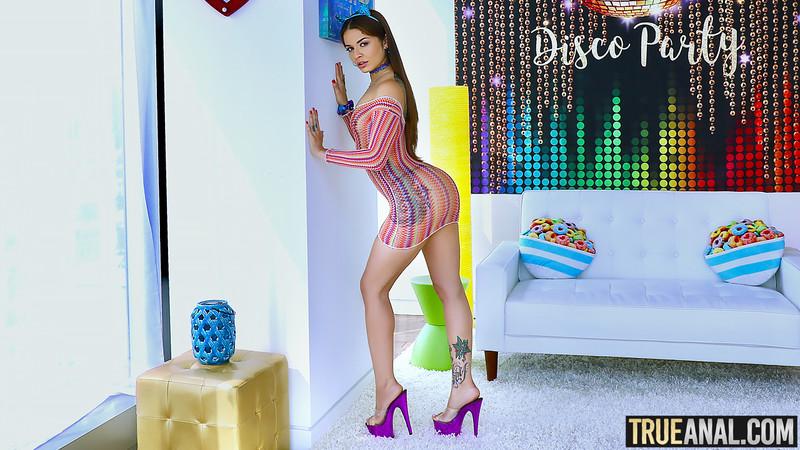TrueAnal - Vanessa Vega