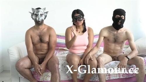 """Urma in """"2 Guys 1 Girl"""" [HD]"""