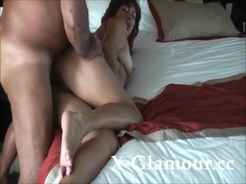 Wild Mature Couple Going Crazy First Thing In The Morning [SD]
