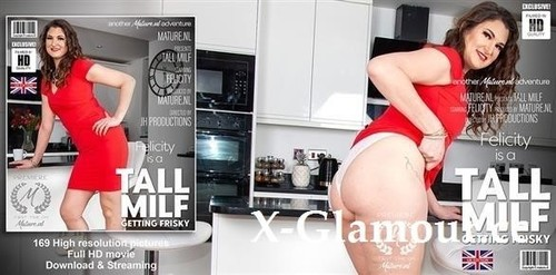 Felicity 34 - Tall Milf Felicity Is Getting Wet In Her Kitchen (FullHD)