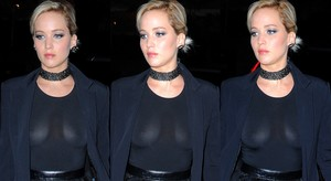 Jennifer Lawrence Transparentando Tetas Por Manhattan