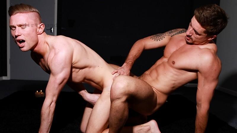 MEN - Into U: Jay Roberts, Justin Blake