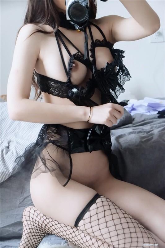 泰國氣質正妹輕熟女一起寫性愛日記!加了點錢還可以無套喲!