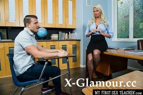 London River - Hot Milf Teacher, London River, Hooks Up With Her Student In The Classroom For A Passing Grade [SD/360p]