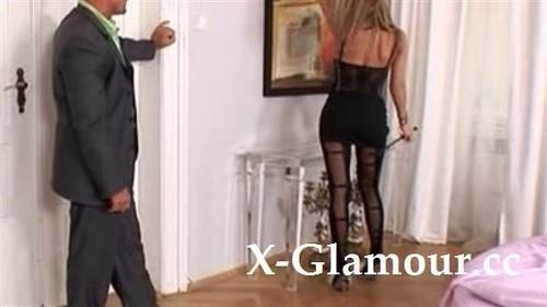 Amateurs - Long Legged Mistress In Pantyhose Gets Analyzed [SD/480p]