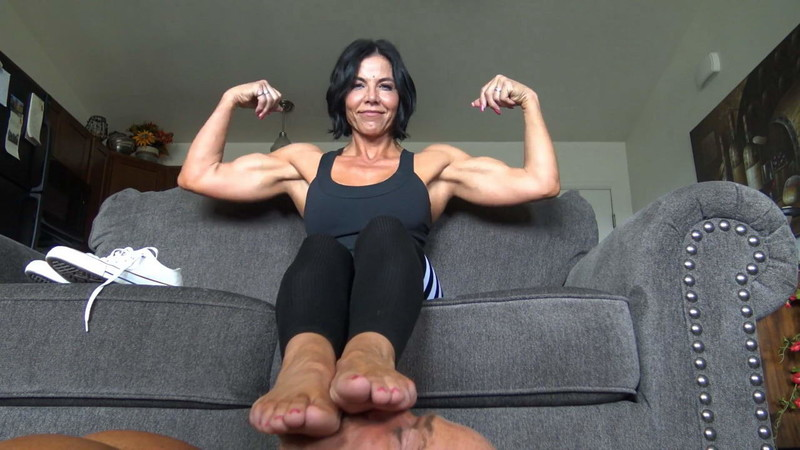 Goddess Zephy - Feet, Flexing And Tributes $$$ [FullHD 1080P]