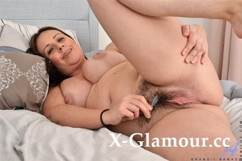 Brandii Banks - Luscious In Lace (FullHD)