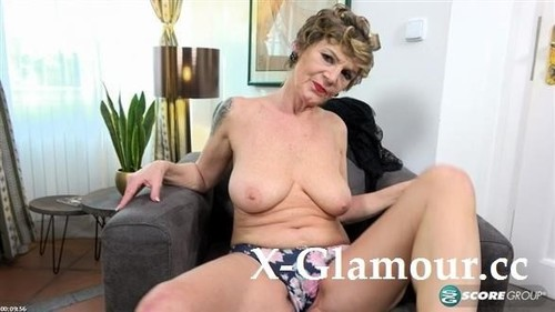 Nicol Mandorla - Wife Mom Granny Dildo Lover (2021/HD)