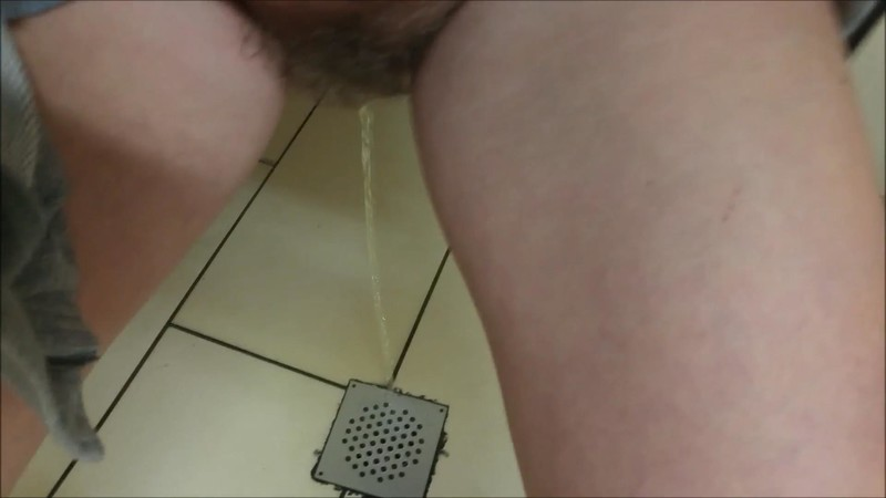 CandieCane - Walmart bathroom floor pee [FullHD 1080P]