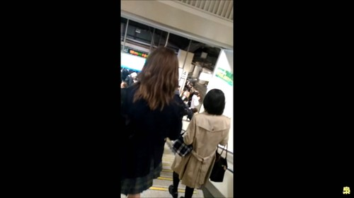 最強な電車の痴漢映像012