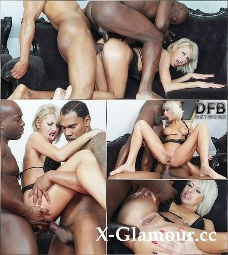 Cathie - Blonde Cougar Interracial Threesome Fuck [SD/480p]