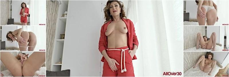 Julia North - Mature Pleasure (FullHD)