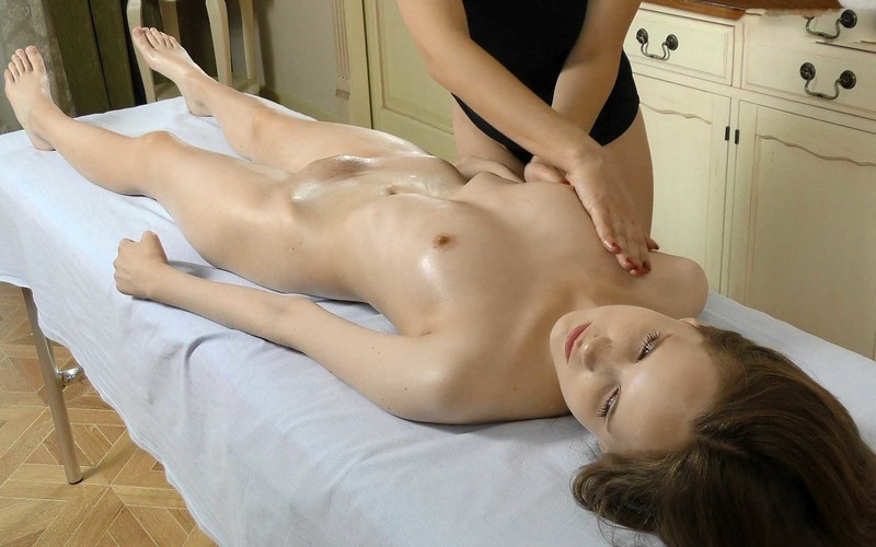 Abel Rugolmaskina - Lesbian Massage [FullHD 1080P]
