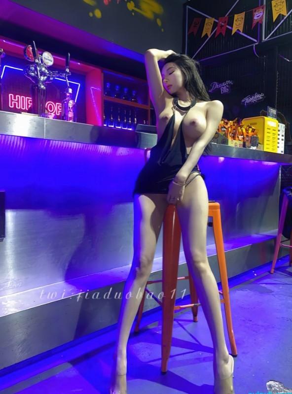 【精品推薦】超美網紅女神模特【Rayna】超大尺度寫真125P+1V