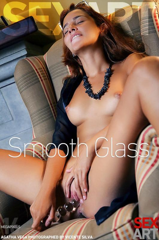 Agatha Vega - Smooth Glass (2021-07-12)