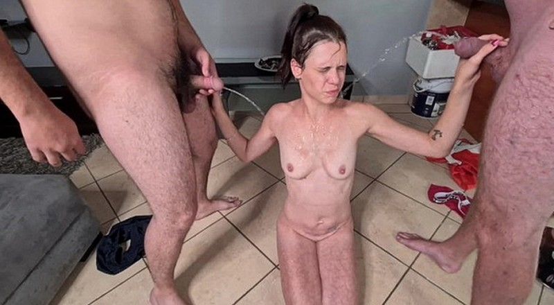 Petite-Mia - Pisswhore receiving 2 golden showers after she pissed [FullHD 1080P]