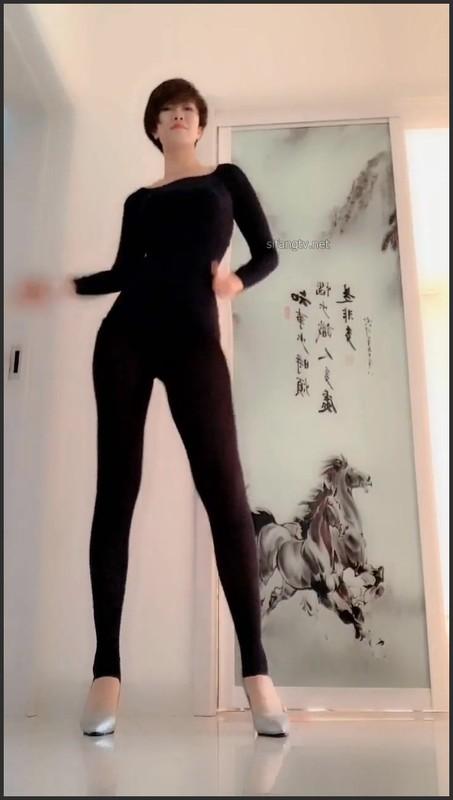快手御姐主播yo宝子 精选热舞视频[99V/316M] 快手主播-第1张