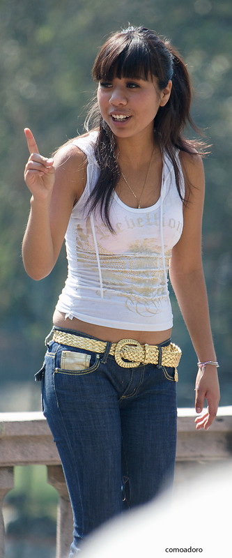 mexican hottie in blue jeans