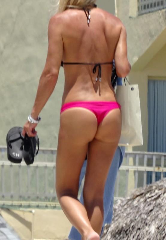 handsome milf in amazing bikini