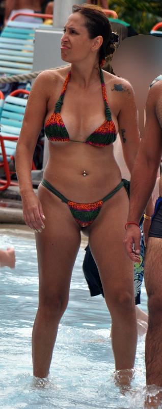 spicy latina in wet bikini