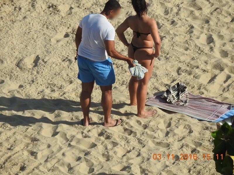 latina milf in black bikini