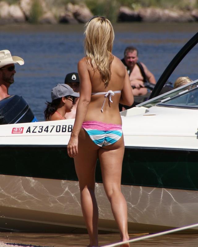blonde hottie in candid wet bikini