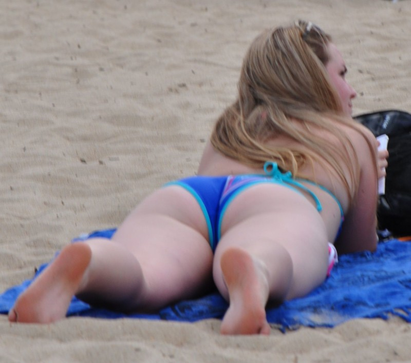 beautiful bikini butt